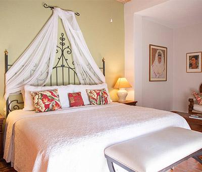 Frida Kahlo bedroom
